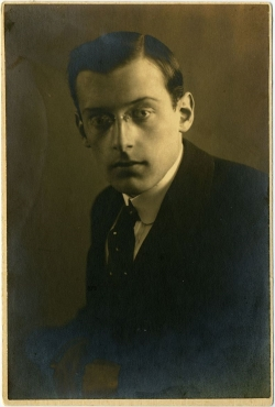 Paul Ben Haim in his youth, 1914 (MUS 055/ M1-28)